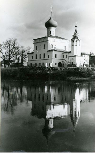 храм после ремонта1993г