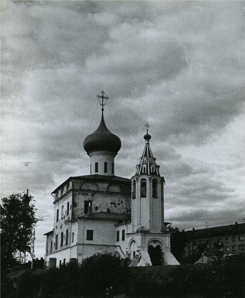 храм 1990г